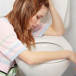Когда начинает тошнить при беременности и почему