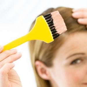 Можно ли беременным красить волосы, ногти и лицо, не вредно ли это