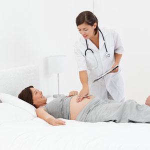 Вздутие живота при беременности на ранних сроках