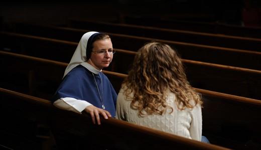 Можно ли беременным ходить в церковь