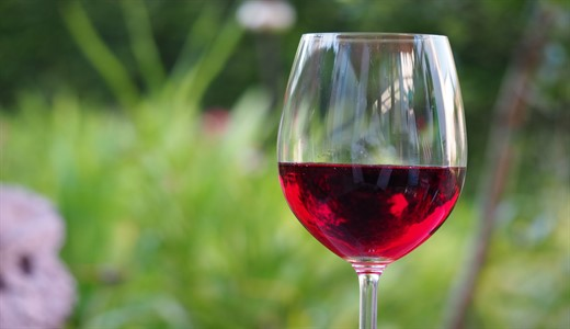 Можно ли беременным красное вино