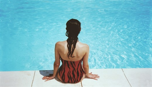 Можно ли в бассейн во время беременности