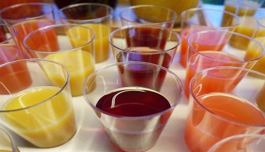 Какой сок можно пить кормящей маме