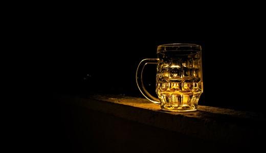Можно ли пить пиво кормящей маме