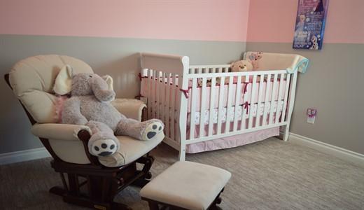 Какую купить кроватку для новорожденного