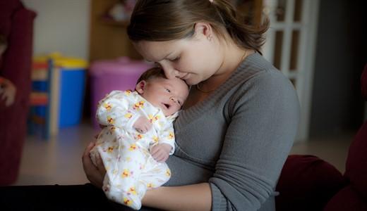 Проблемы с грудным вскармливанием у новорожденных