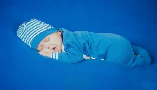 Как ухаживать за новорожденным ребенком мальчиком