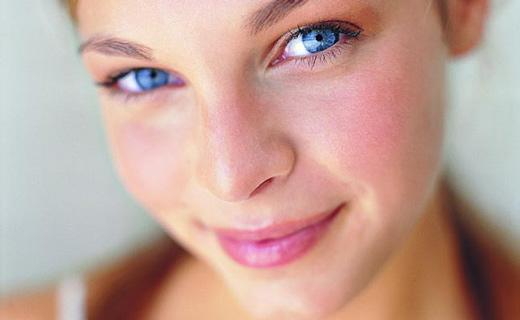 Как определить болезни по щекам?