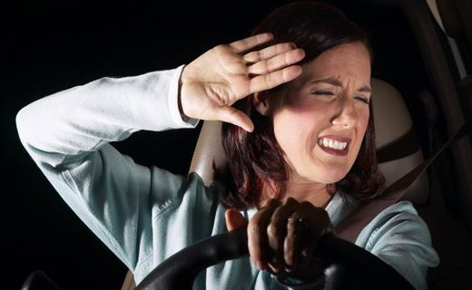 как водить автомобиль плохо видящему