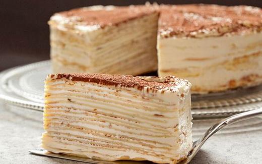 Торт с блинами и кремом