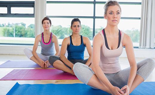 как йога может помочь женщине