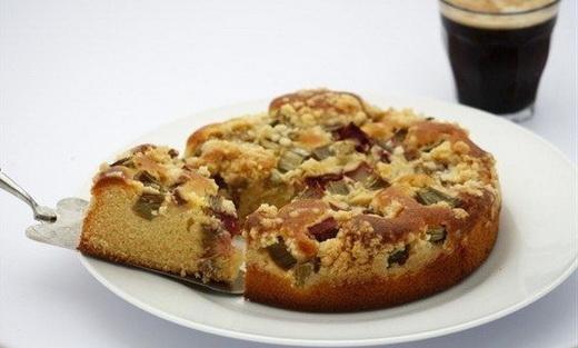 Пирог сдобный с орехами