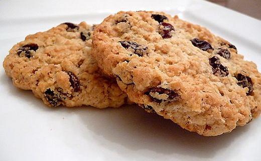 Печенье домашнее с изюмом
