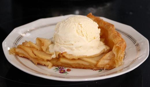 Пирог классический с яблоками