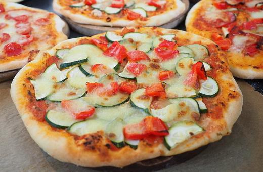 Пицца с кабачками в домашних условиях