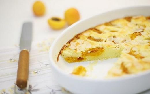 пирог абрикосовый с творогом