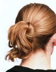 Прическа Узел в волосах - шаг 4