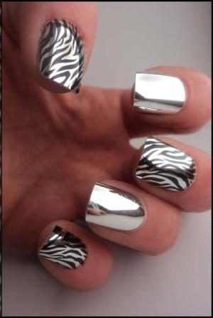 дизайн зеркальных ногтей фото