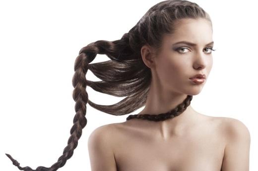 Заплетаем классическую косу на длинные волосы