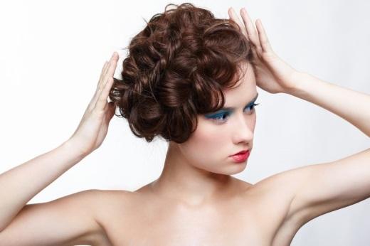 Как заплести объемную косу самой себе