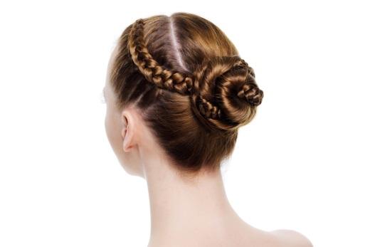 Как научиться плести косы самой себе - колосок