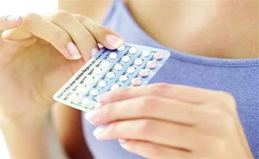 месячные при принятии противозачаточного