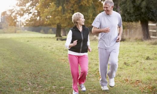 Как привлечь внимание партнера в пожилом возрасте