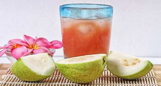 Сок фрукта гуавы