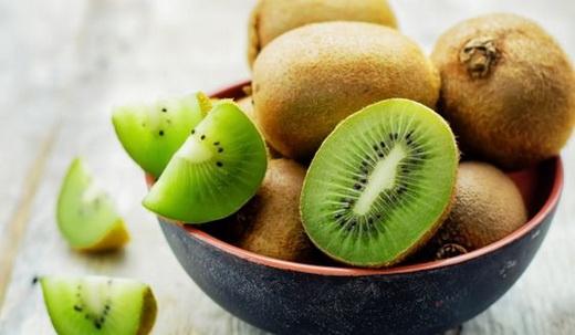 Польза плодов киви