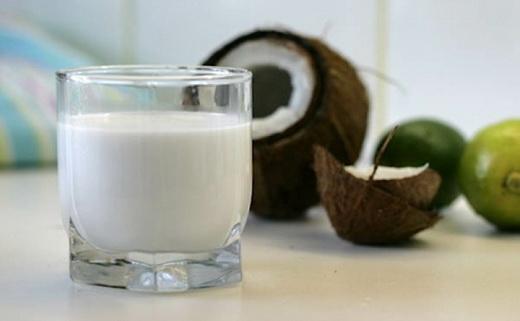 Польза кокосового сока