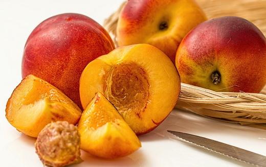Польза свежих персиков