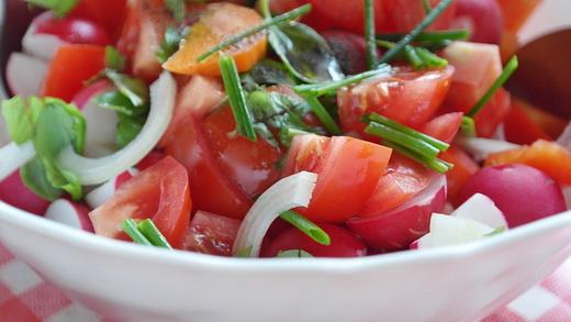 Польза салата с редиской