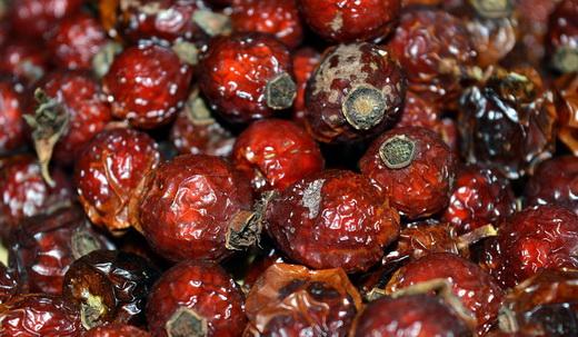 Сушка плодов шиповника